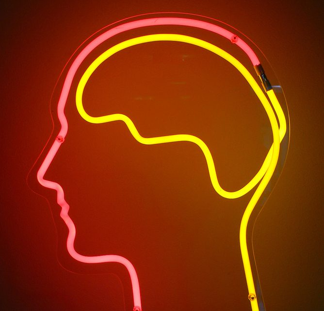 Encuestas vs Neuromarketing