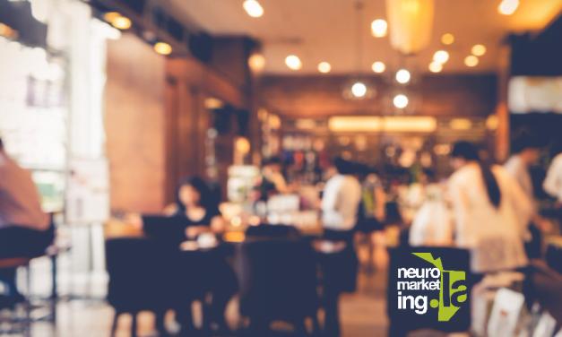 Social Proof: la razón por la que escogemos restaurantes llenos en lugar de vacíos